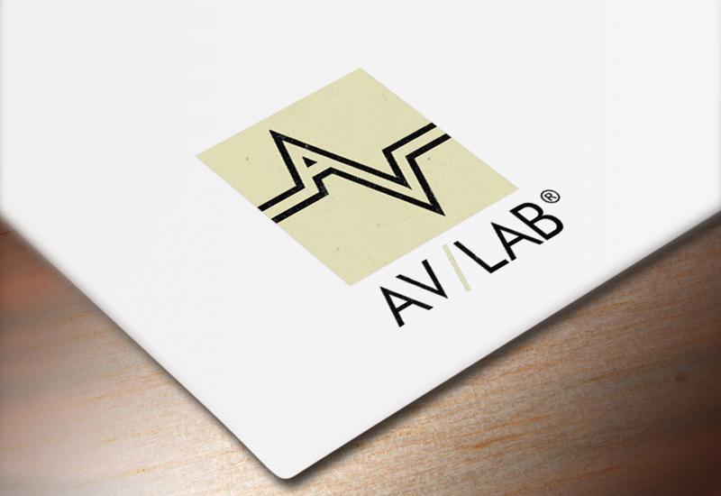 7natos logotipų kūrimas avlab